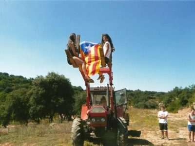 Casa rural paseig tractor